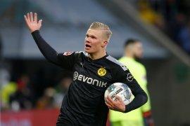 Liga Jerman: Dortmund vs Augsburg, pemain anyar Erling Haaland langsung cetak hattrick