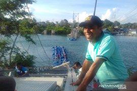Legislator Maluku minta pekerjaan jembatan gantung Waer Faer diawasi ketat