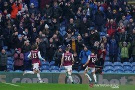 Burnley bekuk Leicester City 2-1, Vardy gagal penalti