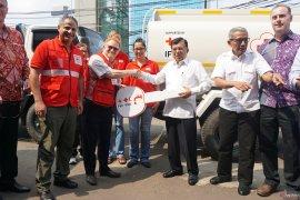 IFRC serahkan bantuan 11 truk untuk perkuat kinerja aksi kemanusiaan PMI