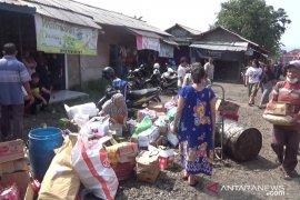 Pasar penampungan Kota Sukabumi terus ditinggalkan pedagang