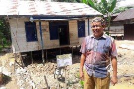 Bumdes Desa Harus  buka usaha menjahit dan saprodi
