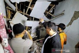 Dua rumah di Cimahi rusak akibat tabung gas meledak