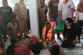 Tim SAR selamatkan 14 penumpang KM Risvin Pratama Sakti