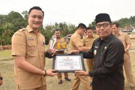 Tujuh ASN Kabupaten Nias terima penghargaan