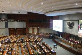 Ketua DPR lantik dua PAW Edhy Prabowo dan Zainuddin Amali