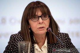 Presiden perempuan pertama di Yunani ambil sumpah jabatan