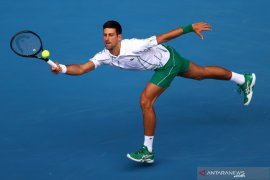 Australia Open - Djokovic keluarkan penguasaan servisnya untuk tundukkan Nishioka