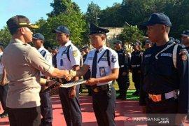 Polres Bangka Selatan beri penghargaan satpam berprestasi