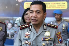 Kasus polisi tabrak sejumlah kendaraan bermotor diperiksa Polda Jatim