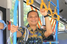 """Ringkasan berita kemarin, Dirut TransJakarta mundur hingga """"running"""" revitalisasi Monas"""