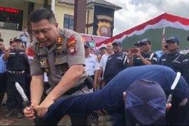 Kapolres Sanggau lumpuhkan penodong bersangkur