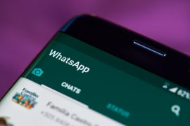 WhatsApp sempat down, ini risiko jika uninstall