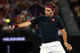 Petenis Federer pamer pukulan trik di Twitter