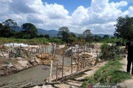 Pemkab Taput selamatkan 300 Ha padi terancam gagal panen akibat jebolnya tanggul irigasi, ini langkahnya