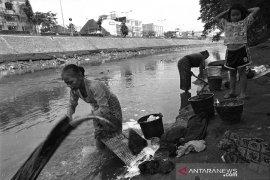 Melihat kanal-kanal pengendali banjir Jakarta