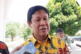 Gubernur Kepri menolak kebijakan menghapus tenaga honorer