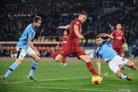 AS Roma hentikan catatan 11 kemenangan beruntun Lazio