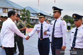 Presiden tinjau kapal selam Alugoro-405 di PT PAL Surabaya