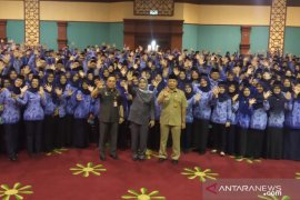 Bupati Bogor berpesan masalah kedisiplinan kerja saat lantik 577 PNS Bogor