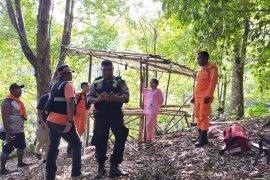 Basarnas : pasangan suami-Istri hilang di hutan Tobona