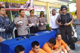 Polisi tangkap empat pelaku pencurian di rumah kosong