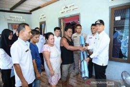 Wakil Bupati Bangka salurkan korban bencana alam