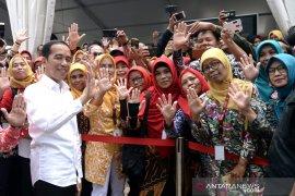 Presiden Jokowi berikan target kepada menteri untuk 100 hari kerja