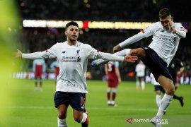 Liverpool semakin kokoh di puncak klasemen setelah redam West Ham