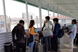 10 WNA China di Kepri negatif virus corona