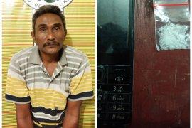 Warga Babalan ditangkap Satresnarkoba Polres Langkat karena miliki sabu-sabu