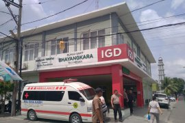 Personel Polisi di Medan diduga lompat dari jalan layang