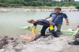 Warga temukan mayat perempuan di Desa Namu Ukur Utara Sei Bingai Langkat