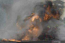 Simulasi Pemadaman Kebakaran Di Kilang Page 2 Small
