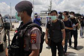 WN China terdampar di perairan Rote Ndao Page 3 Small