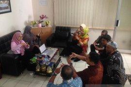 Pegawai Dispora Kaltim dibekali pelatihan bahasa isyarat