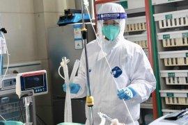 Jumlah kematian akibat virus corona terus menanjak jadi 213