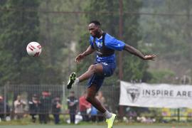 Persib akan turunkan penyerang Geoffrey Castillion lawan Melaka United