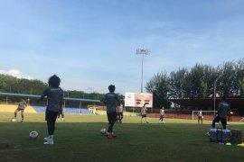 Persiraja seleksi dua pemain asing dari Asia