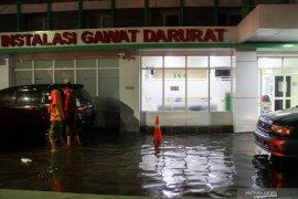 Rumah sakit kebanjiran