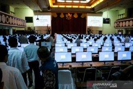 1.800 orang ikuti tes penerimaan PNS di UNS