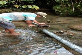 Sumber debit air PDAM Tirtanadi di Tapsel semakin hari kian berkurang