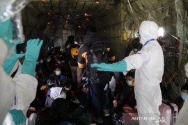 DPR: Pemerintah yakinkan virus Corona tidak terbawa dalam evakuasi WNI