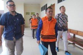 Suryadman Gidot jalani sidang perdana kasus suap proyek Bengkayang