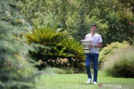 Djokovic semangati Thiem setelah duel final Australia Open