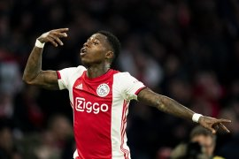 Gol Quincy Promes antar Ajax atasi PSV