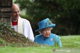 """Sampaikan pesan Paskah,  Ratu Elizabeth sebut """"virus corona tidak akan kalahkan kita"""""""