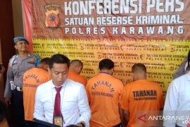 Komplotan pencuri modus pecah kaca mobil di Karawang ditangkap polisi