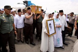 Gus Sholah wafat, Kapolda Jatim perintahkan seluruh jajaran shalat gaib