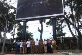LKBN Antara dan Pemkot Tasikmalaya resmikan media videotron di pusat kota